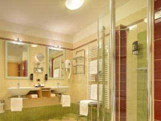 Kristiania Junior Suite Dolomite bagno