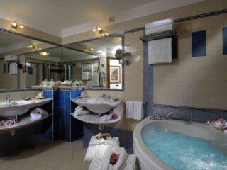 Suite Granato bagno 101