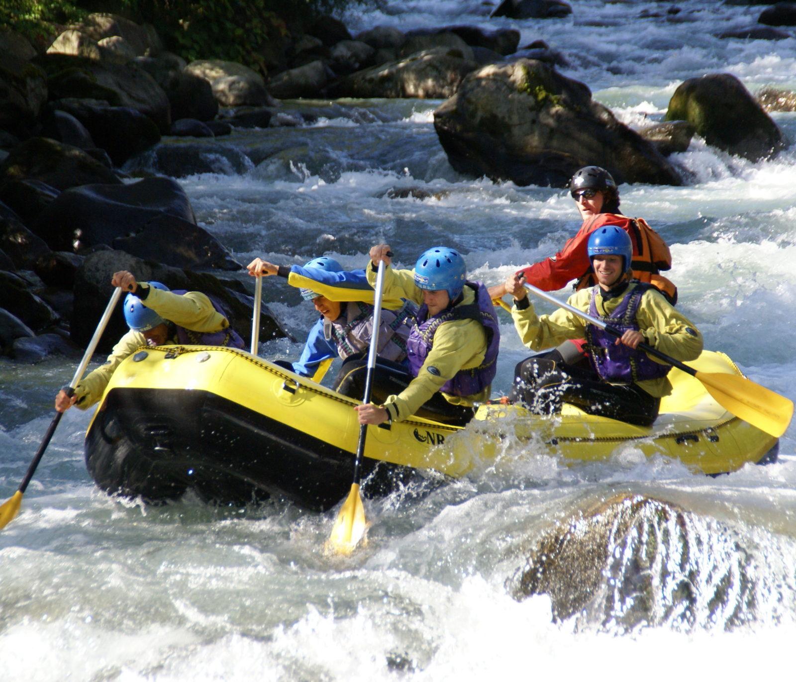 Immagine per Rafting in Val di Sole, Trentino, a tutto divertimento