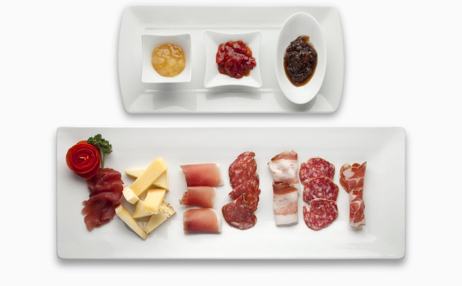 Immagine di testata per Esperienze culinarie tra degustazioni e cucina gourmet