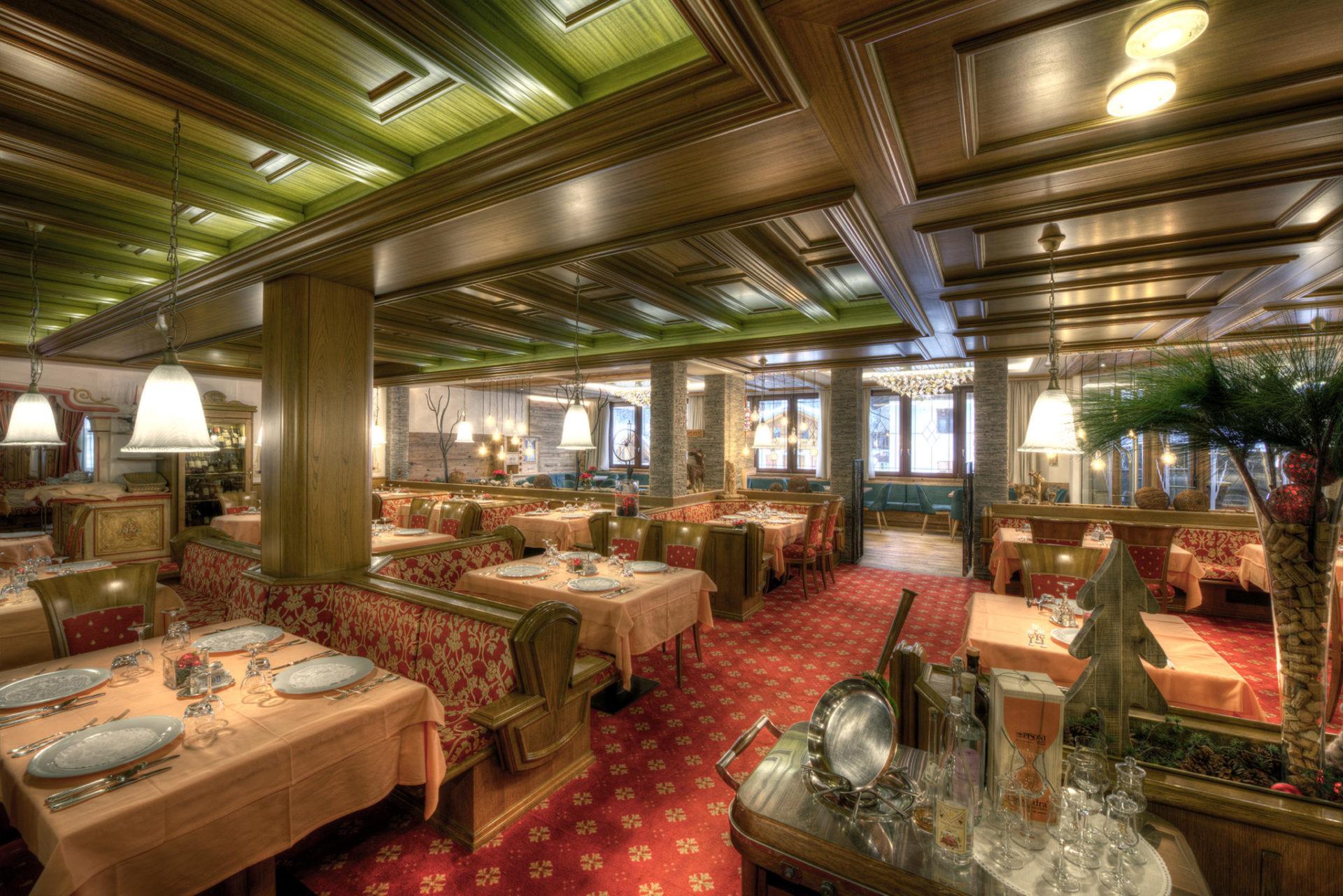 Immagine testata per Authentic flavours in our restaurant in Cogolo di Pejo