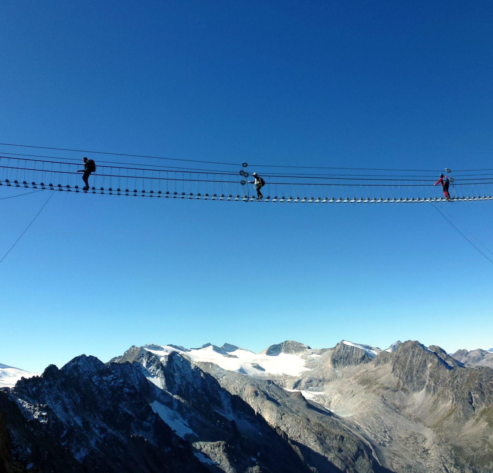 Immagine per Trekking alla scoperta di Val di Pejo e Val di Sole