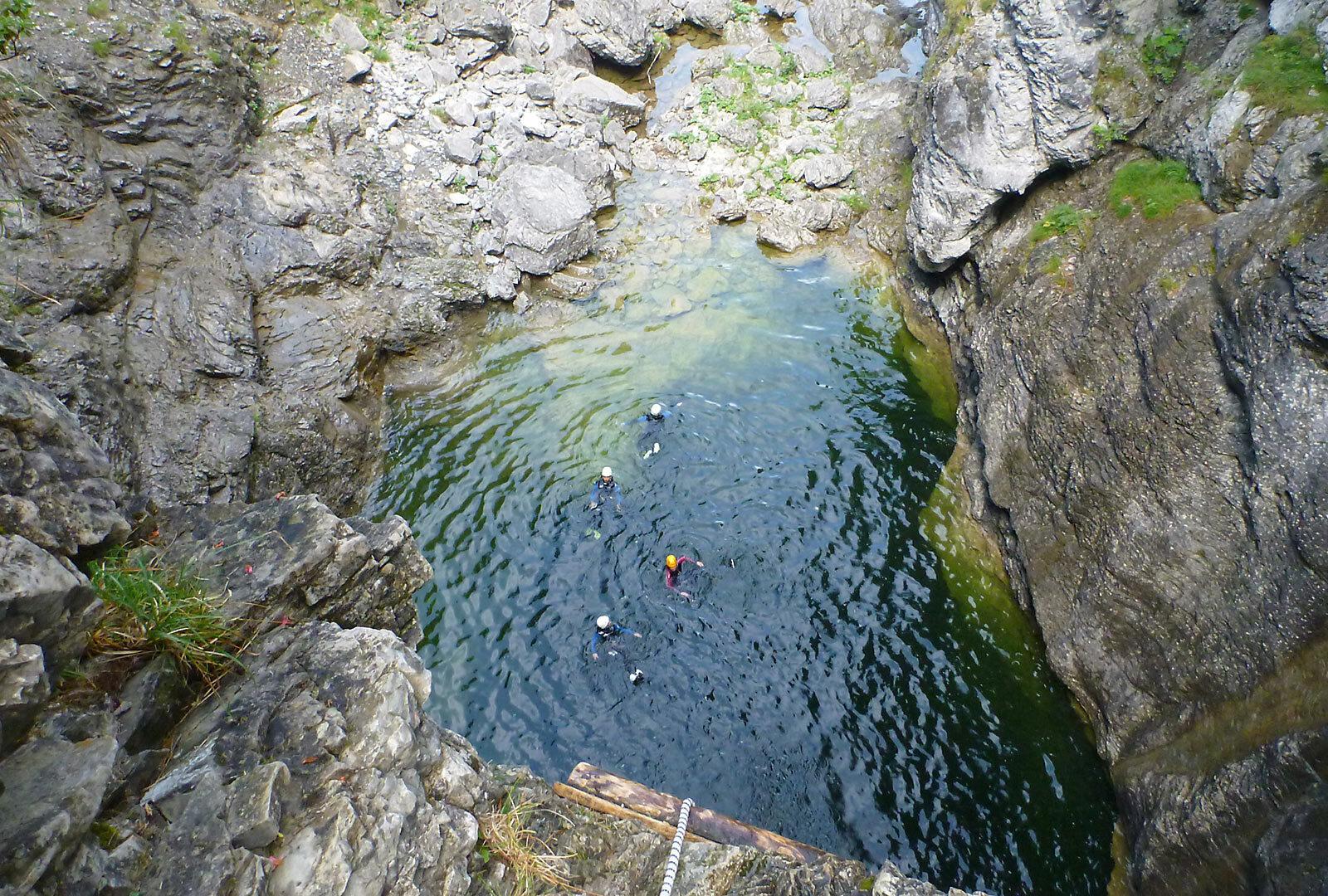 Immagine per Avventure durante il Canyoning in Trentino