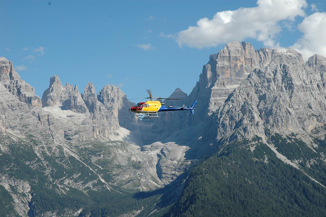 Immagine di testata per In elicottero sulla Val di Sole