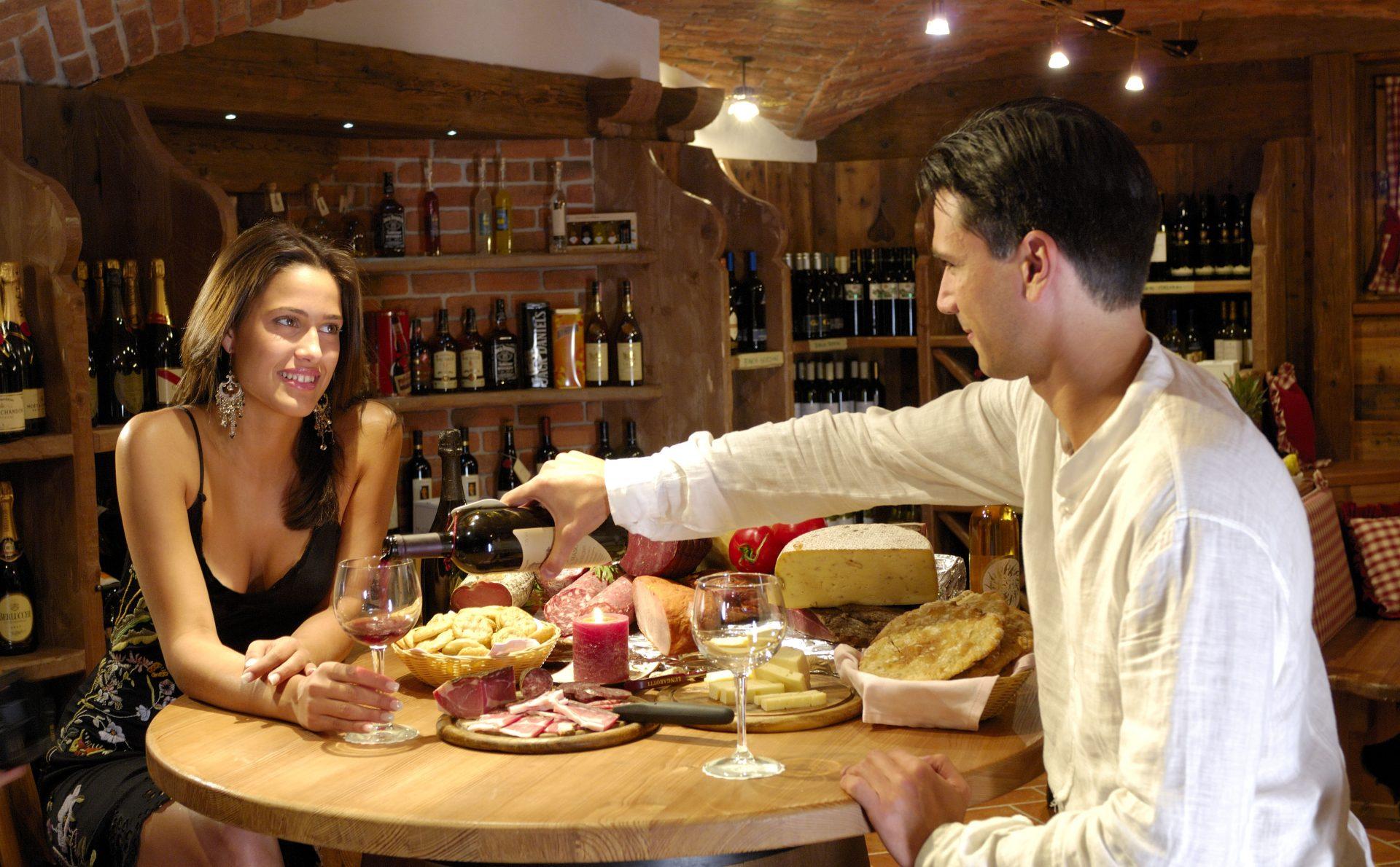 Immagine di testata per Romantica cena per due nella cantina del Kristiania